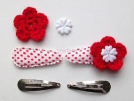 Zelf haarspeldjes maken wit met rode polkadots van 4.5 cm.